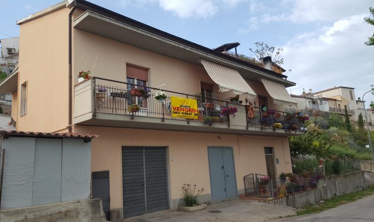 Ampio appartamento con garage – P01