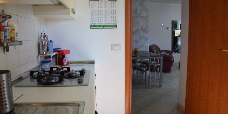R43_via_le_quote_cucina