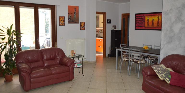 R43_via_le_quote_soggiorno4