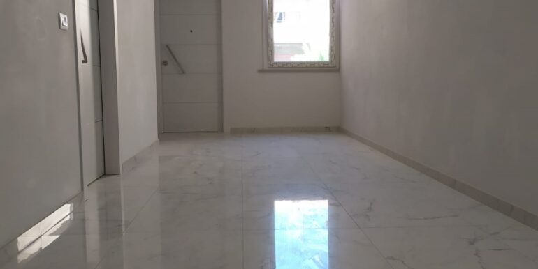 appartamento r 45 3 camere e 2 bagni zona centro roseto 01