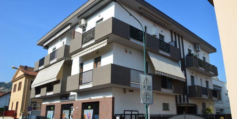 R88_roseto_degli_abruzzi_rosburgo_immobiliare_via_conti_1