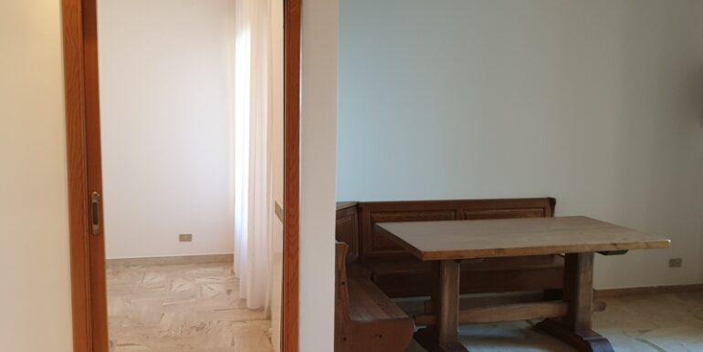 pineto_rosburgo_service_via_piemonte_P_08_74