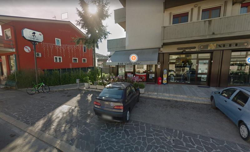 Locale commerciale sulla via principale di Scerne – R31