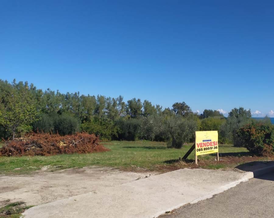 Terreno edificabile a Scerne di Pineto, VISTA MARE – P10