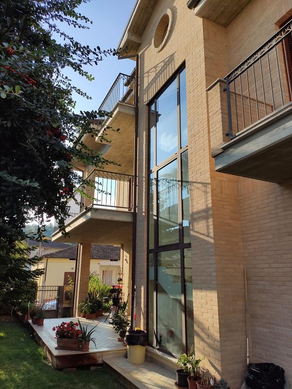 Elegante villino indipendente in quartiere residenziale R25
