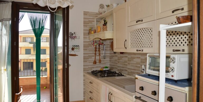 R78_pagliare_cucina